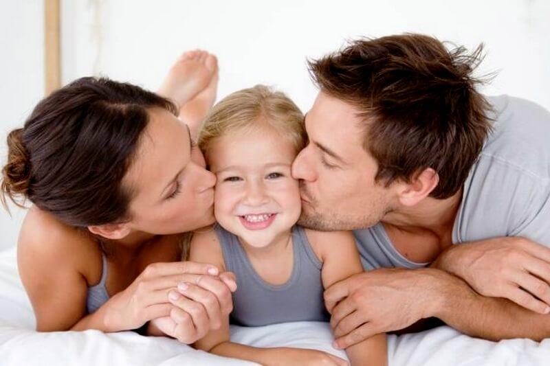 anne baba ve çocuklar arasında sağlıklı iletişim